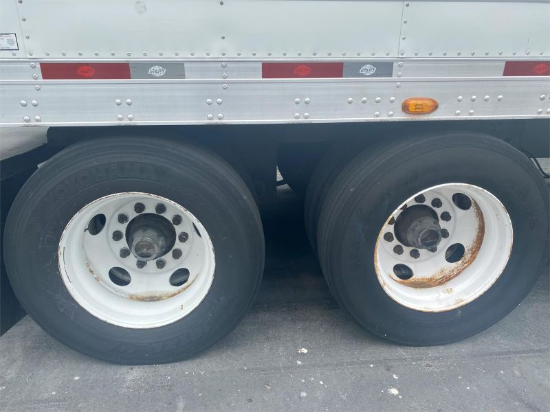 2015 UTILITY REEFER TRAILER W/ELECTRIC STAND-BY 6135057079