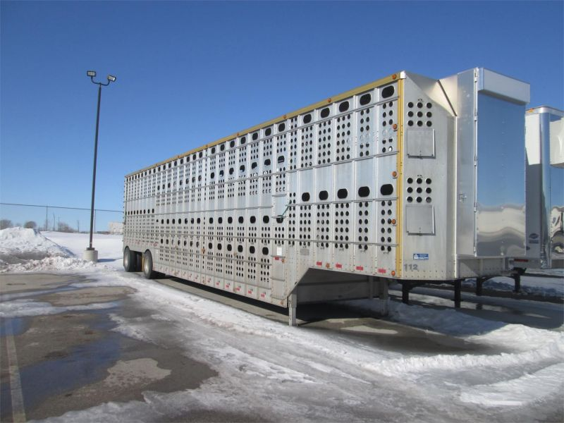 2012 MERRITT 53' MERRITT GOLD LINE CATTLE TRAILER 6224114205